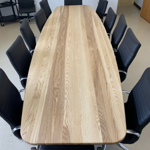 table de conférence en frêne